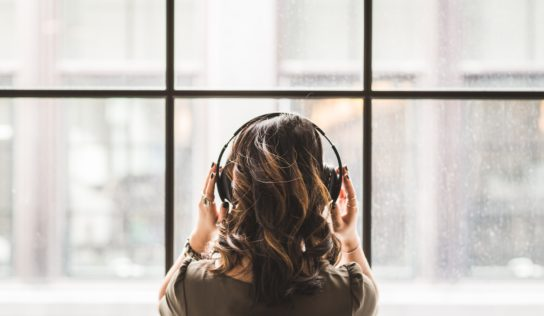 Unleashing The Brain With Binaural Beats:  What Are Binaural Beats And How Do They Work?