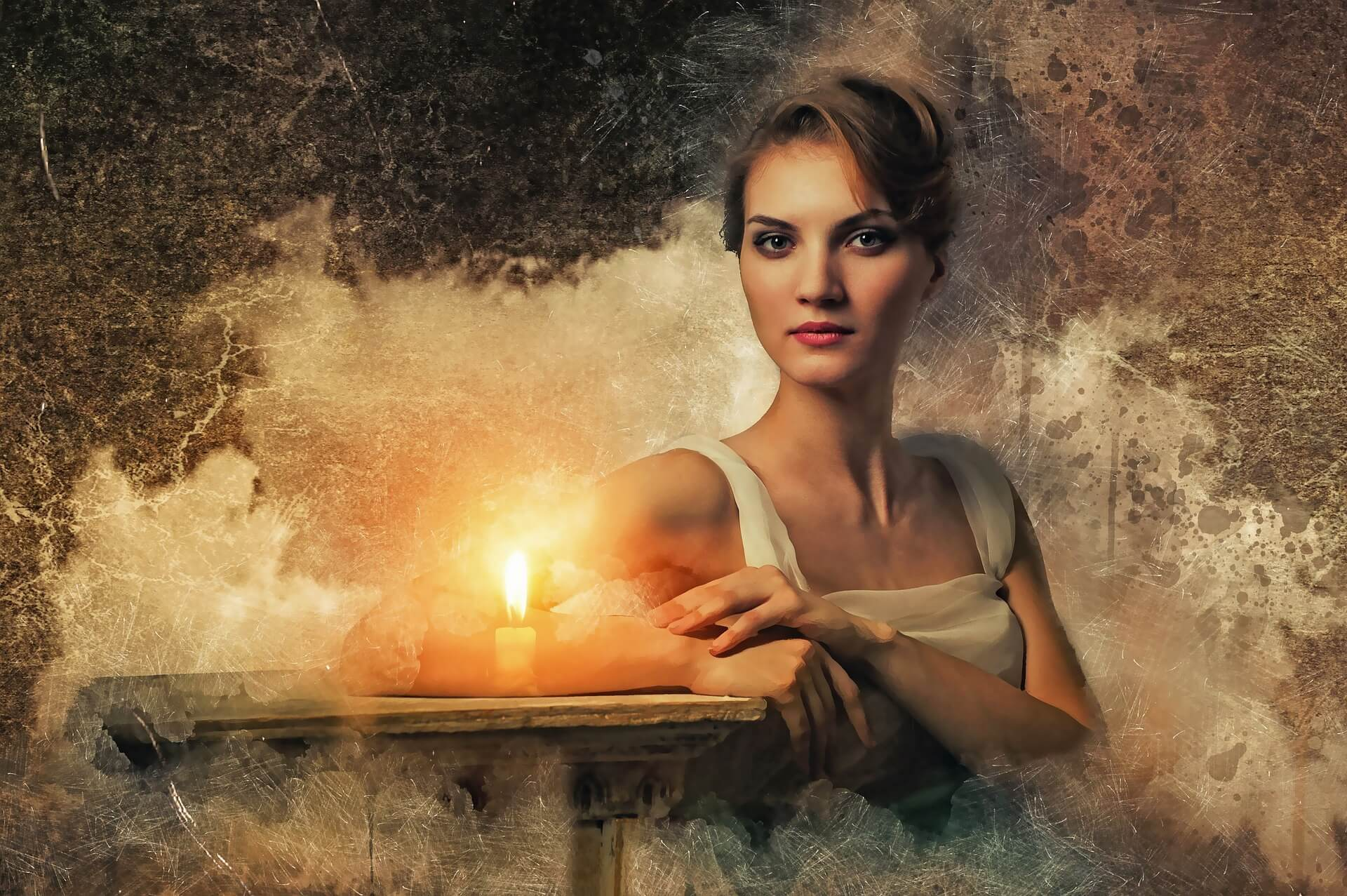Understanding the Differences Between a Medium and a Psychic